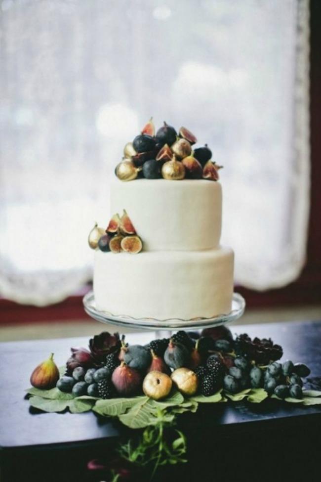 svadbene torte ukrasene vocem 1 Svadbene torte ukrašene voćem