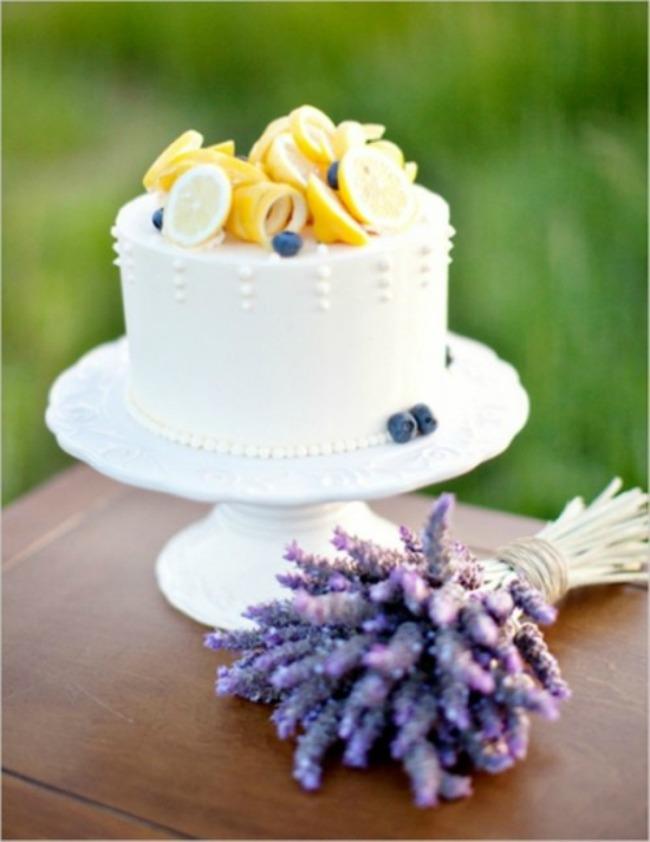 svadbene torte ukrasene vocem 2 Svadbene torte ukrašene voćem