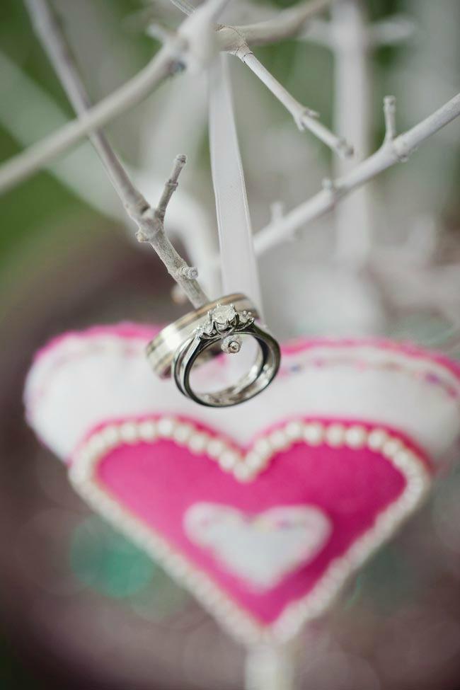 verenicki prsten 1 Kako da vaš verenički prsten uvek izgleda kao nov?
