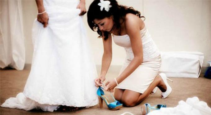 plave cipele za vencanje Svadbeni običaj: Nešto staro, pozajmljeno, tuđe, novo i plavo