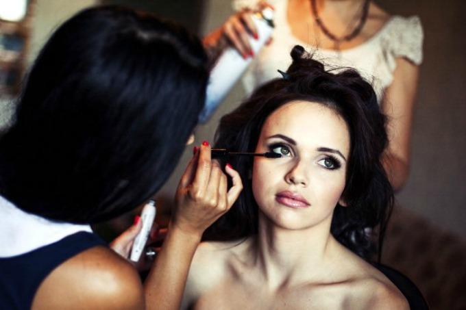 Greške u šminkanju koje mlade najčešće prave 3 Greške u šminkanju koje mlade najčešće prave