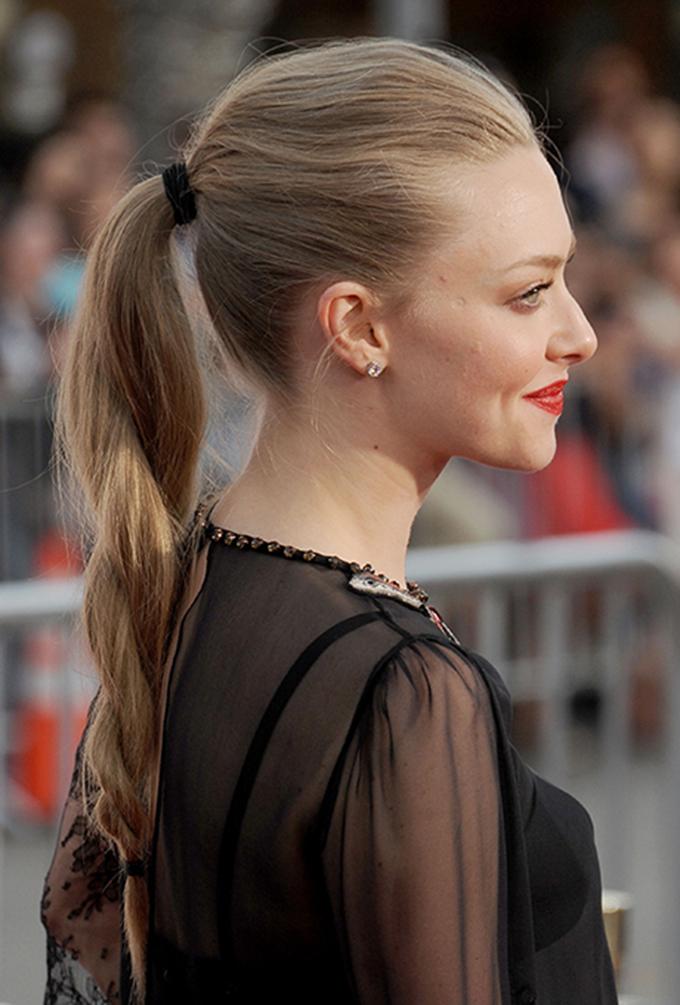 amanda sejfrid konjski rep Top 5 frizura: Konjski rep