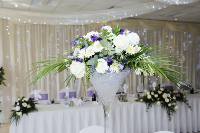 dekoracija za vencanje cvetni aranzmani Ideje za dekoraciju stolova za venčanje