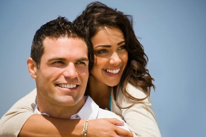 srecan par Znaci da je on savršen za brak