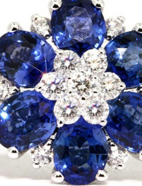 Prstenje cvetnih dezena oduševiće svaku ženu