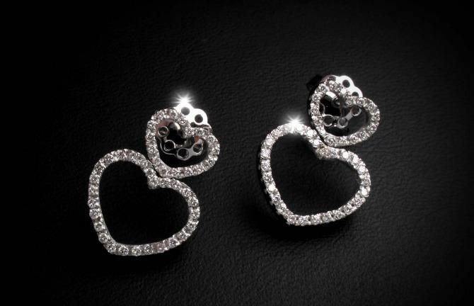 dijamantske minđuše Kada je nakit dijamant