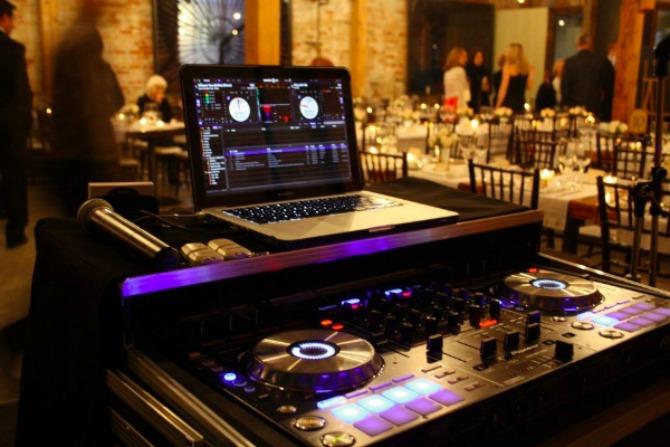 dj za venčanje Bend ili DJ za venčanje?