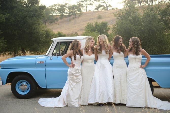 sestre u venčanici Kad se sestre slikaju pred venčanje