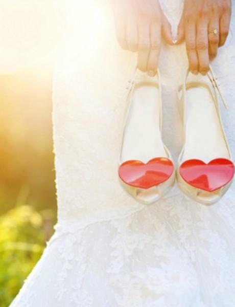 Cipele za venčanje nekad i sad