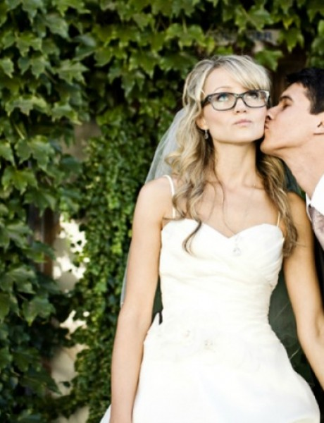 Kako savršeno da se našminkate ako nosite naočare na venčanju