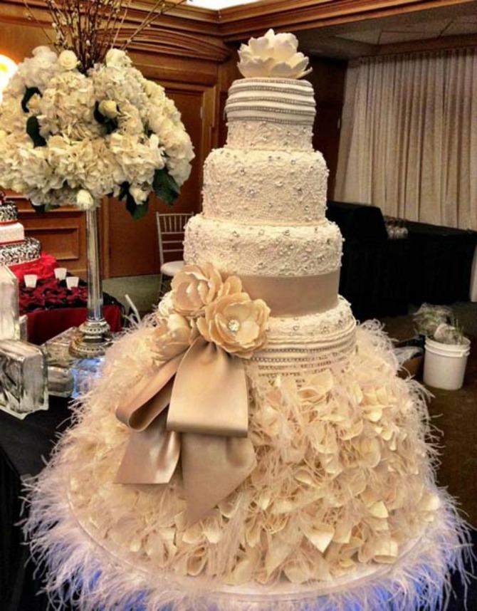 mladenačka torta4 Mladenačka torta je jedan od najlepših ukrasa na venčanju
