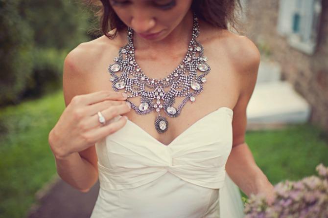 ogrlica za mladu Savršen nakit će upotpuniti izgled svake mlade