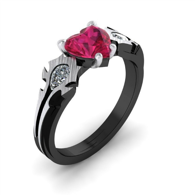 prsten sa rubinom u obliku srca Prelepo vereničko prstenje