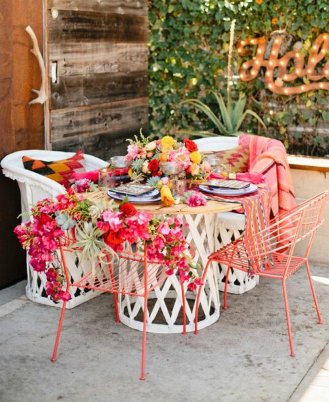 raskošna dekoracija na venčanju Obojite venčanje raskošnim bojama