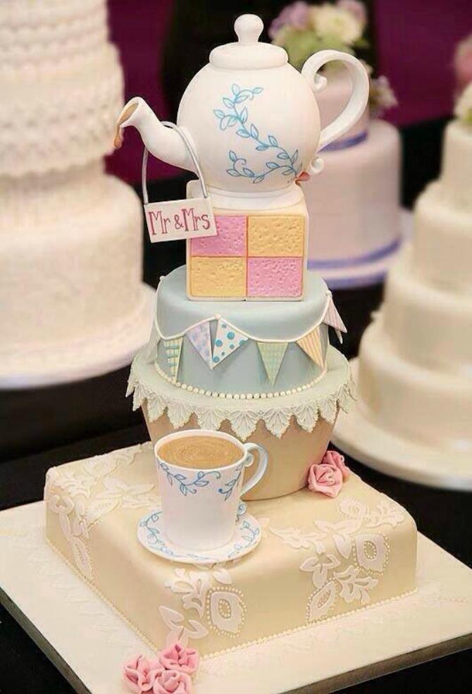 vreme je za čaj mladenačka torta Mladenačka torta je jedan od najlepših ukrasa na venčanju