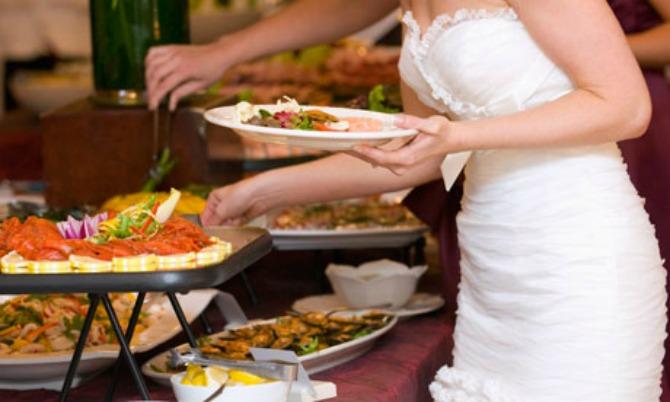 hrana na venčanju Šta nikako ne smete da uradite pred gostima na venčanju