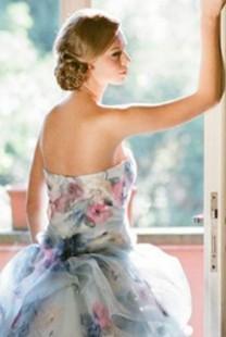 Romantične venčanice cvetnih dezena