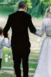 Venčanje Ešli Simpson i Evana Rosa u boho stilu