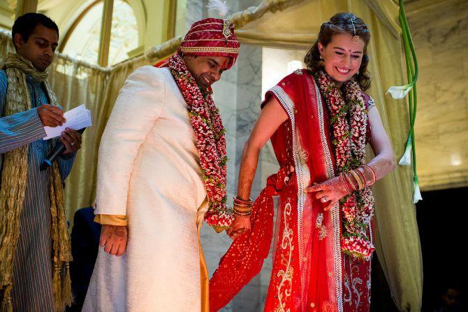 obicaji u indiji Zanimljivi običaji koje možete primeniti na venčanju