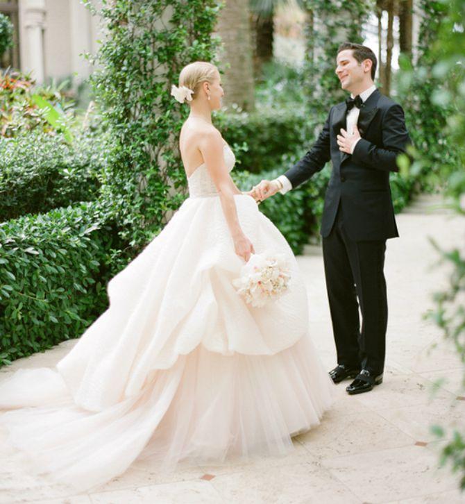reakcija mladoženje kad vidi mladu prvi put u vencanici1 Kako mladoženja reaguje kada ugleda mladu u venčanici