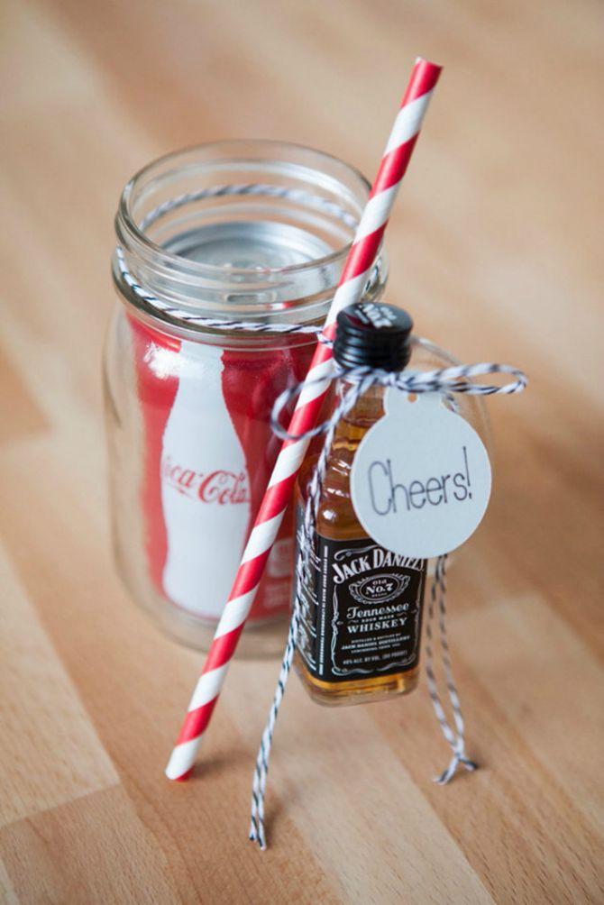 viski i coc cola 4 ideje da gostima poklonite bočicu pića