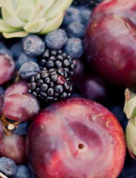 Umesto cvećem ukrasite stolove za goste voćem