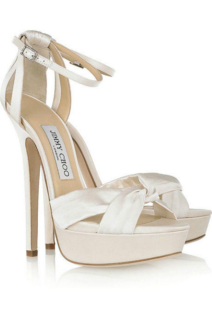 wannabe mag bele Idealne cipele za odgovarajući model venčanice