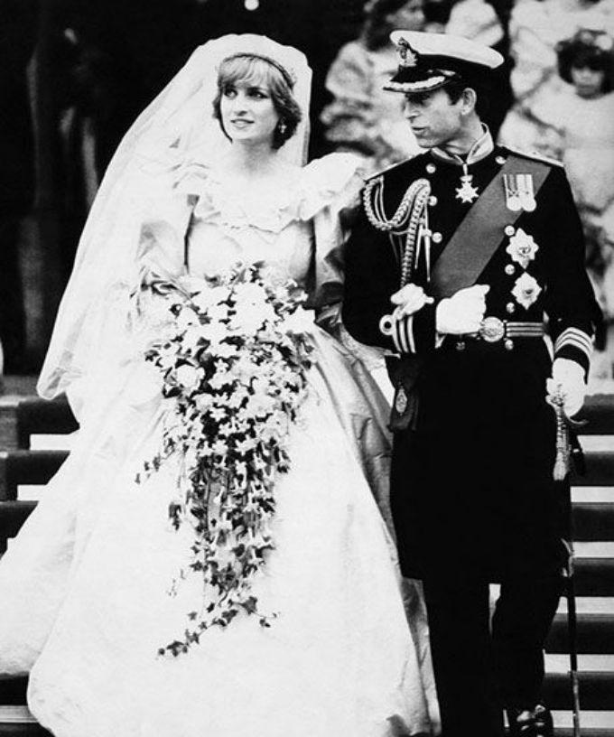kraljevsko vencanje 1 Neobjavljene fotografije princeze Dajane sa kraljevskog venčanja