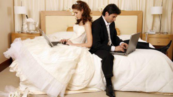 mlada opsednuta budzetom Uštedi pri odabiru prostora za venčanje