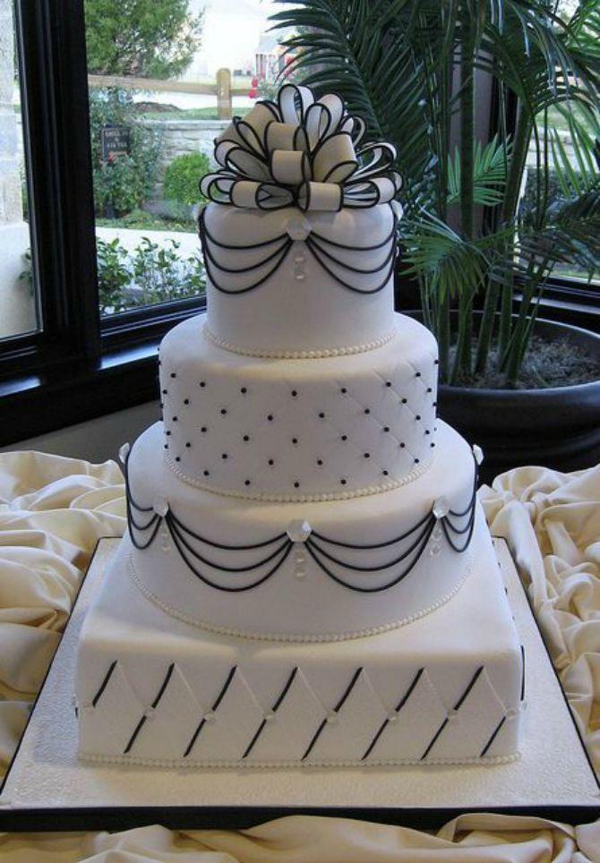 mladenačke torte ukrašene mašnom1 Neodoljive mladenačke torte ukrašene mašnom