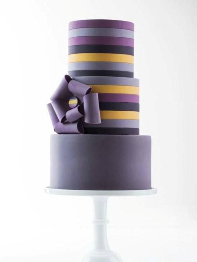 mladenacka torta na pruge12 Elegantne prugaste mladenačke torte