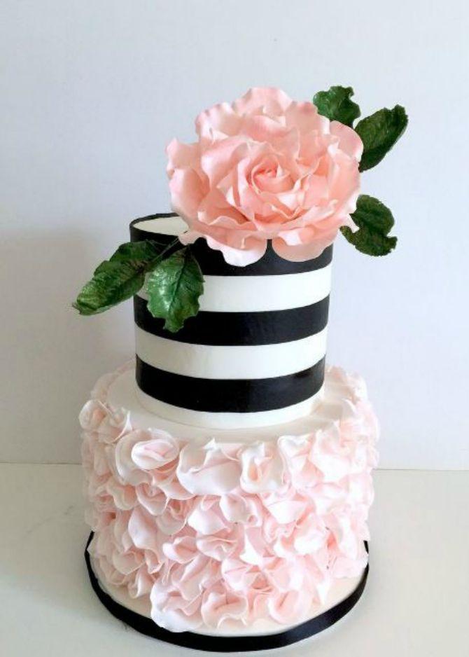 mladenacka torta na pruge21 Elegantne prugaste mladenačke torte