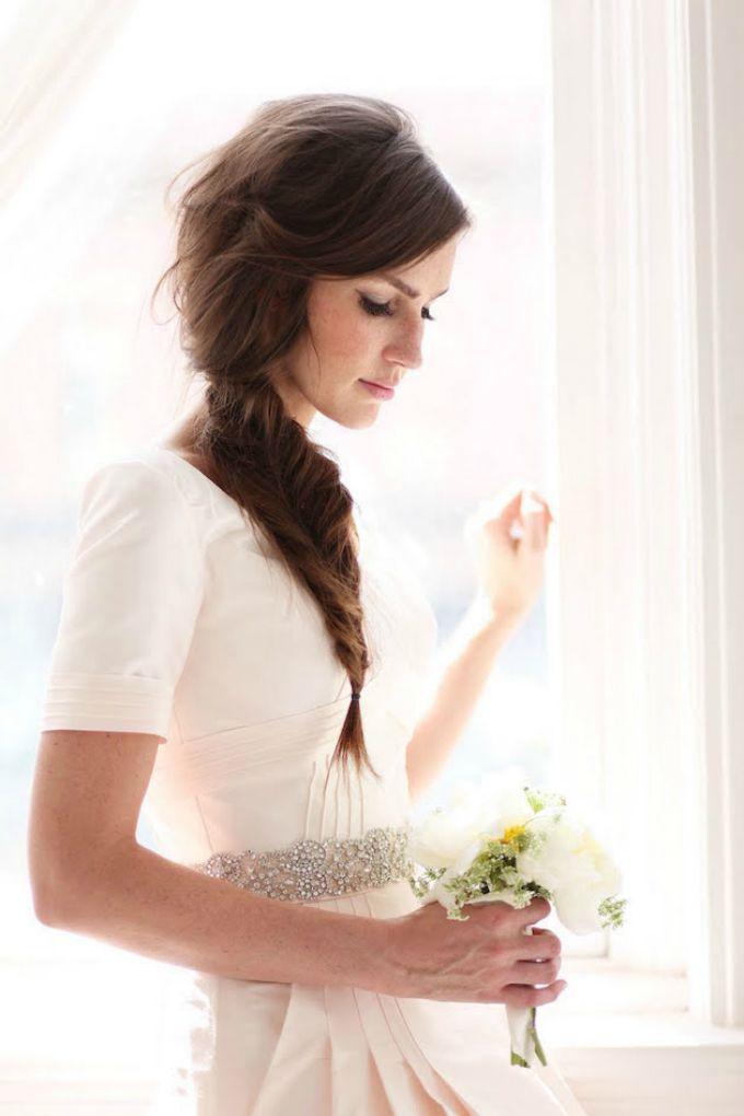 pletenice za vencanje 2 Predivne, elegantne i ženstvene pletenice: Idealna frizura za venčanje