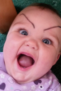 Fotografije ovih beba nasmejaće vas do suza