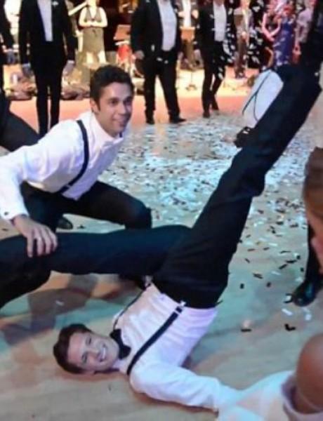 Fenomenalni svadbeni ples mladoženje i njegovih prijatelja