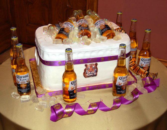 torta za mladozenju Mladenačke torte za mladoženju