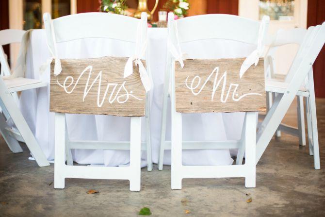 wedding mrs and ms Bajkovite ideje za dekoraciju stolova