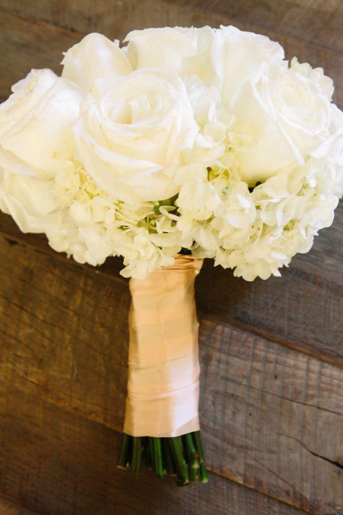 bidermajeri od belog cveca 1 Najsavršeniji bidermajeri od belog cveća koje ste ikada videli