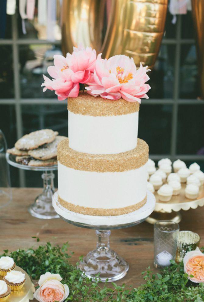 torta za vencanje1 Mladenačke torte kao iz bajke