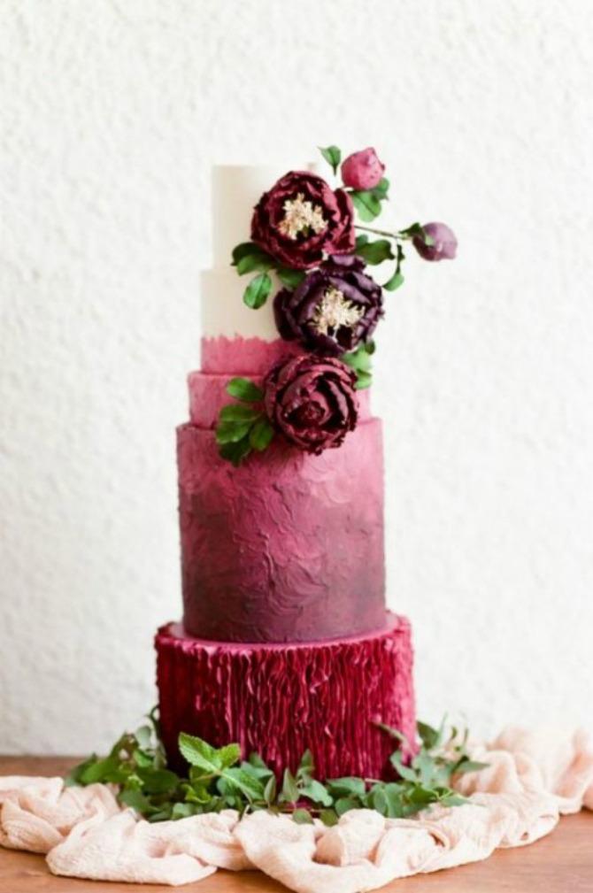 mladenačke torte u boji crvenog vina11 Najlepše mladenačke torte u boji crvenog vina