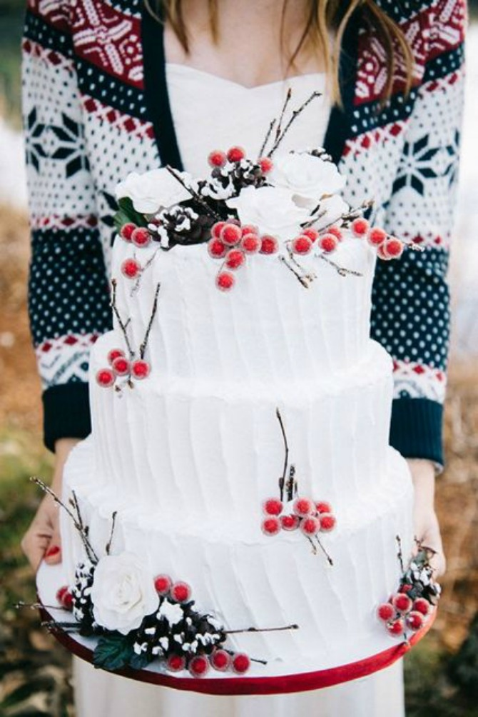mladenacka torta1 Mladenačke torte ukrašene bobičastim voćem