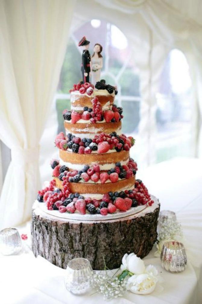 mladenacka torta2 Mladenačke torte ukrašene bobičastim voćem