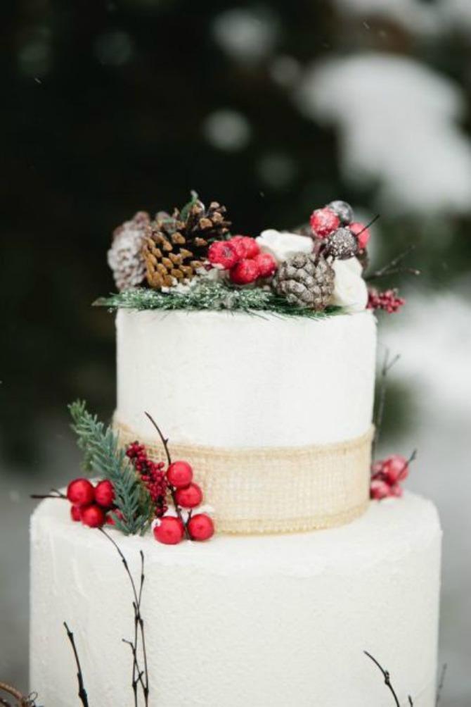 mladenacka torta21 Mladenačke torte ukrašene bobičastim voćem