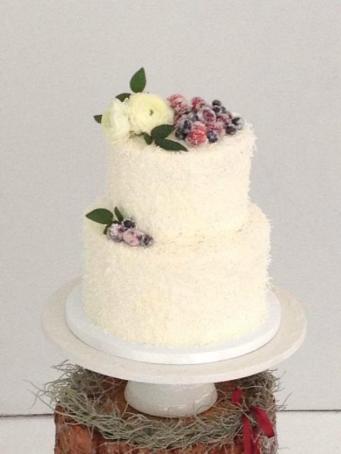 mladenacka torta22 Mladenačke torte ukrašene bobičastim voćem