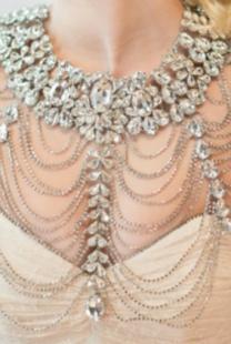 Nakit za ramena za savršen izgled na venčanju