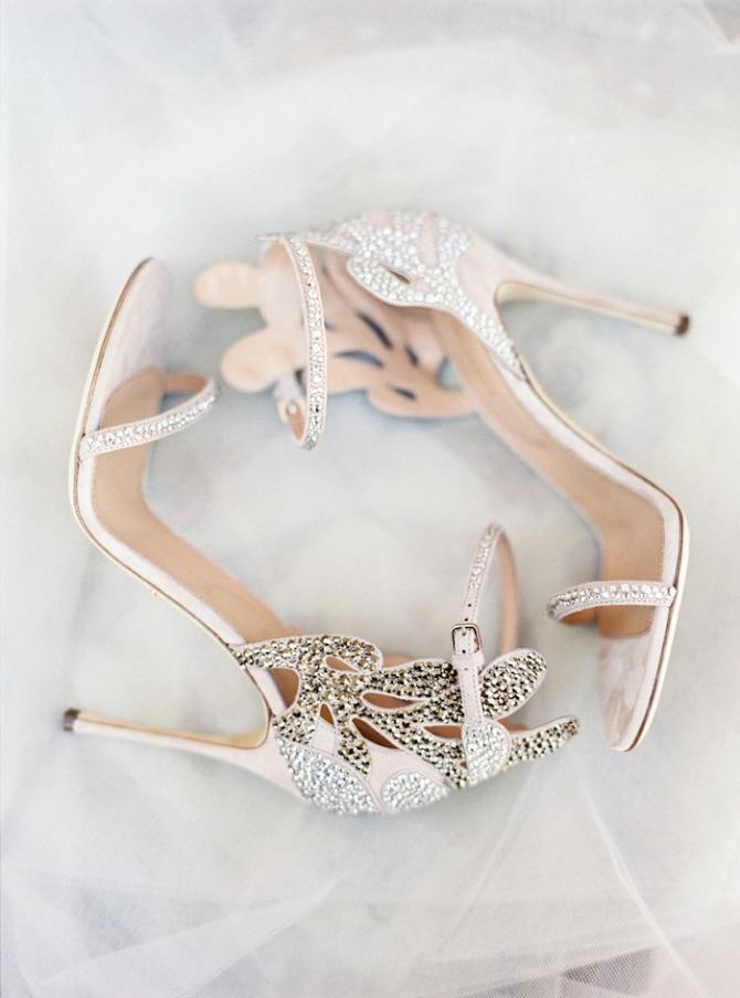 cipele za mladu Zablistajte u glamuroznim cipelama na venčanju