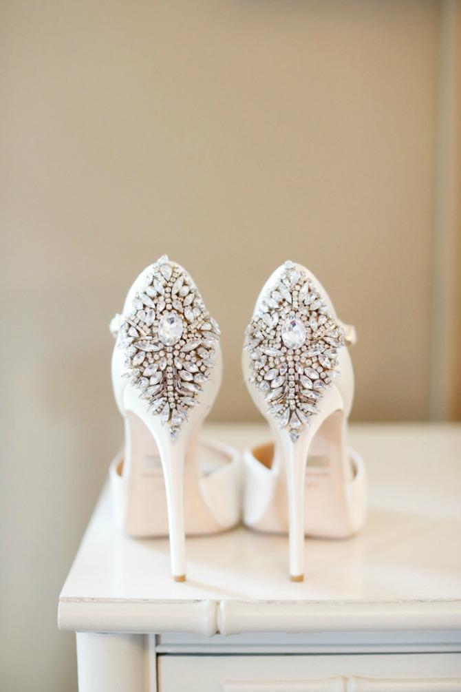 cipele za mladu1 Zablistajte u glamuroznim cipelama na venčanju