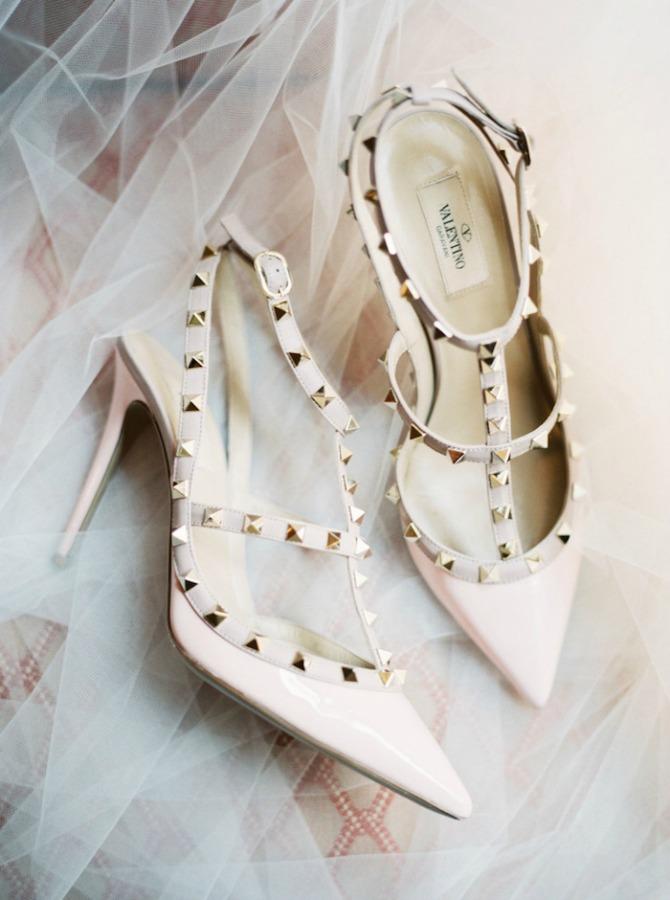 cipele za mladu5 Zablistajte u glamuroznim cipelama na venčanju