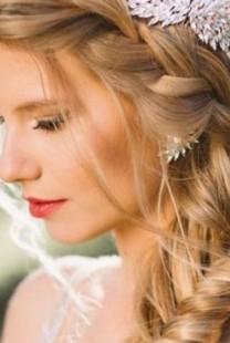 Najlepša frizura sa pletenicama koju morate probati (VIDEO)