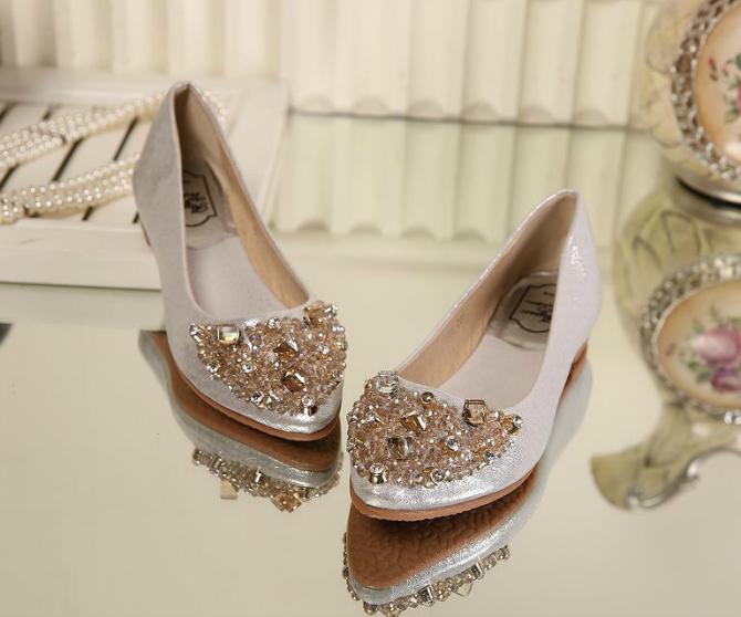Biseri1 Savršene RAVNE cipele za buduće mlade